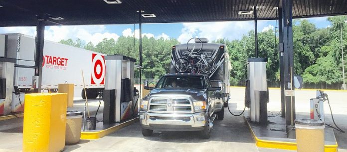 diesel fill ups truck stops are a great bet learn to rv. Black Bedroom Furniture Sets. Home Design Ideas