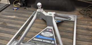 Andersen Ultimate Fifth Wheel Connection installed in truck bed