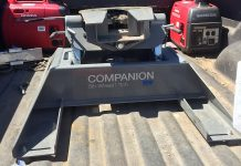 B&W Companion Fifth Wheel Hitch