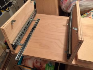 Starting the assembly of the shelf and drawer