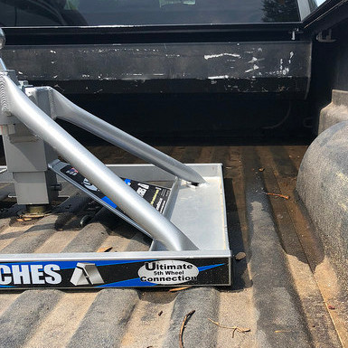 Andersen Ultimate Fifth Wheel Connection Rotated in Truck Bed
